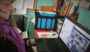 Jiana Cutting YWCA Muskoka delivering DigitalSmarts workshop